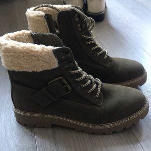 Green Suede Winter Boot